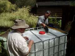 Making-a-fish-tank-from-an-ICB-unit
